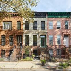 27LOCATION-BEDSTUY-slide-UF52-superJumbo